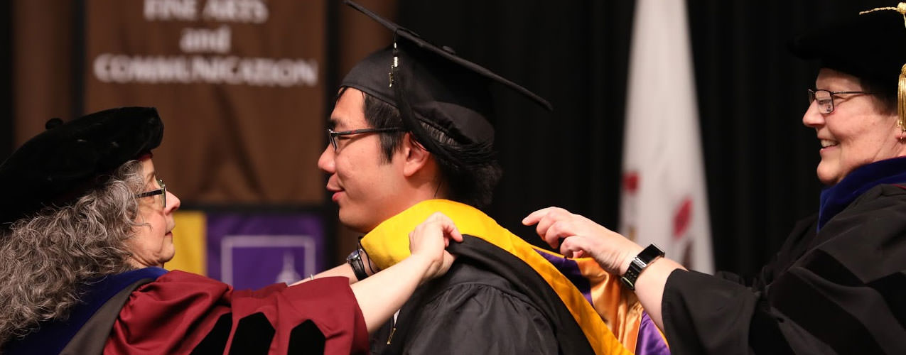 Commencement (Graduation) Homepage - Western Illinois ...
