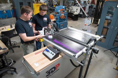 WIU-QC School of Engineering Receives Half-Million Dollar Boost from Carver Trust