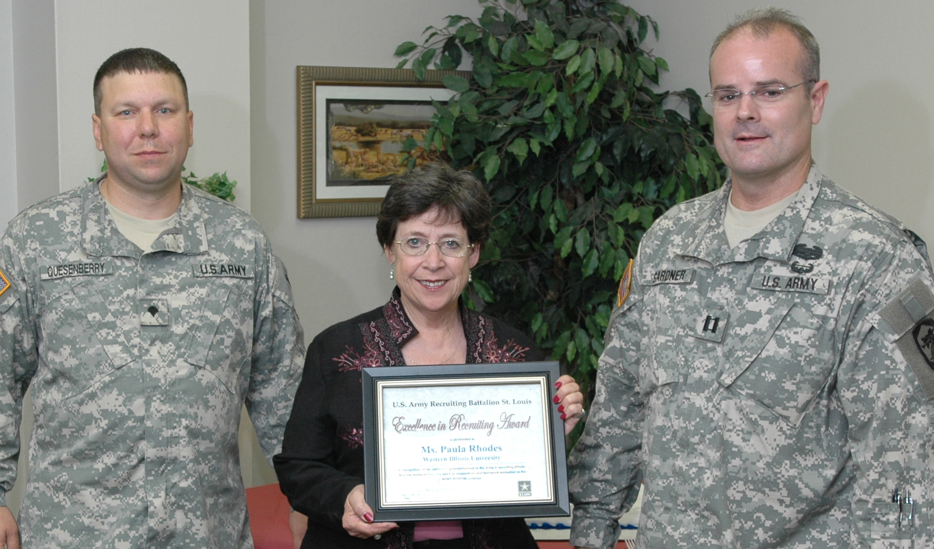 U s army recognizes wiu admissions staff western - University of illinois admissions office ...